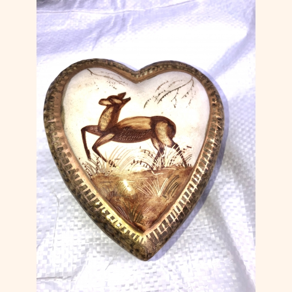 Handcrafted ceramic heart with gold elements