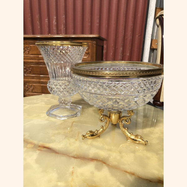 Very rare set of crystal bowls with 18k gold plated details. 1940.