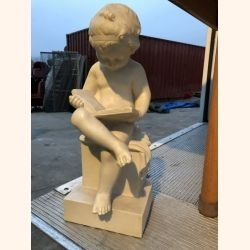 Impressive marble statue from Italy. 40cm