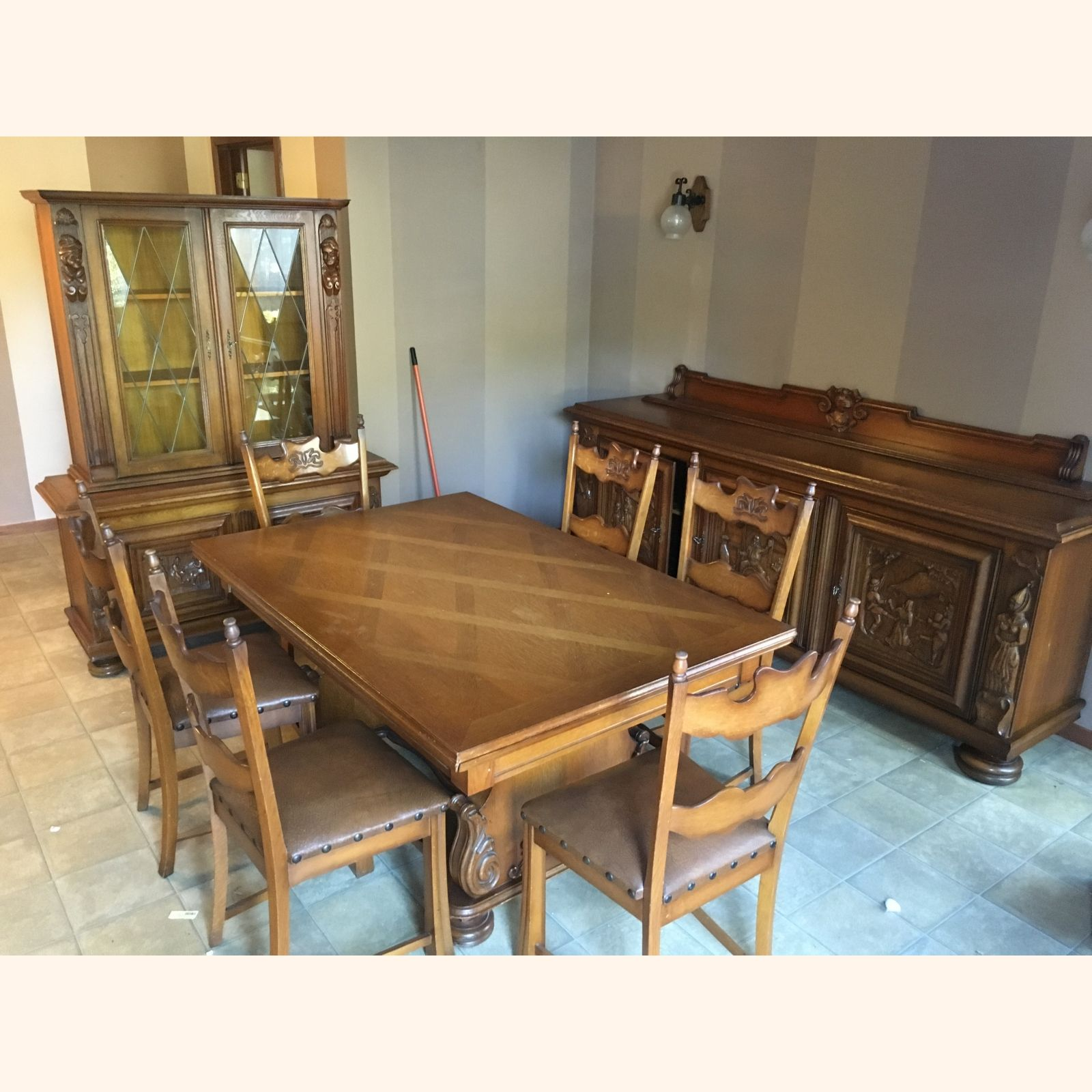 Antique Breughel Dining Room Set