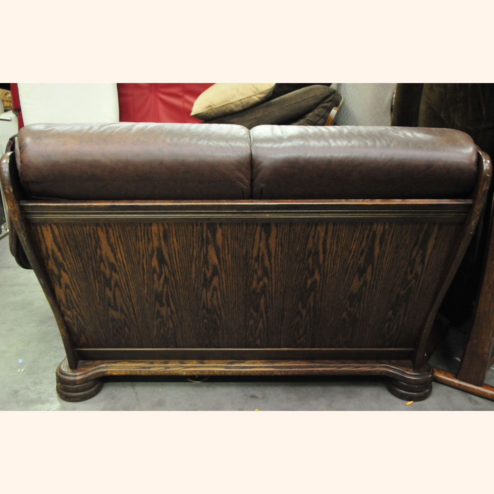Brown leather couch with studs brown dakota reclining for Brown leather couch with studs
